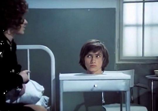 Jan Hrušínský v Dívce na koštěti (1971)