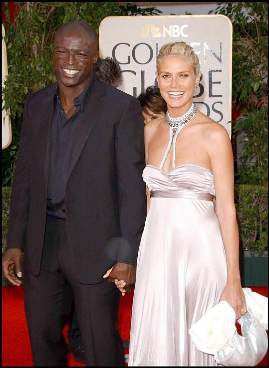 S bývalým manželem Sealem má tři děti.