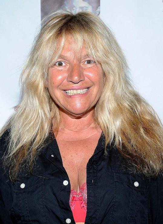 Robin Byrd byla napadena mývalem.