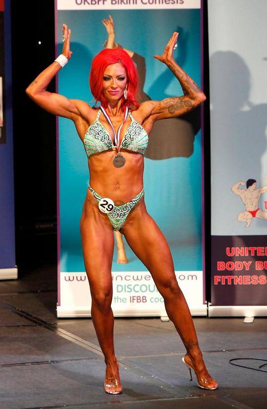 Jodie ve vrcholné formě na soutěži v bodybuildingu loni v červnu.