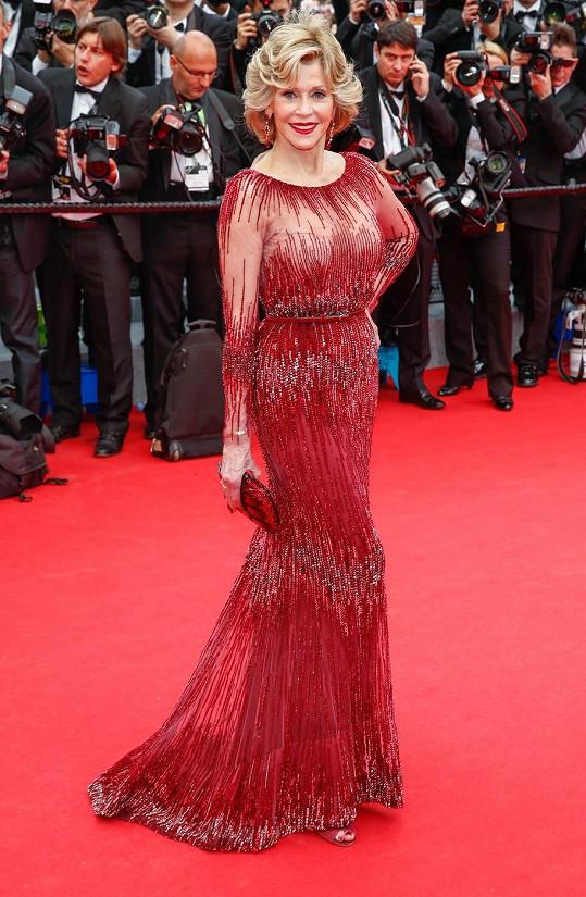 Fonda se přišla podívat na film Grace, kněžna monacká.