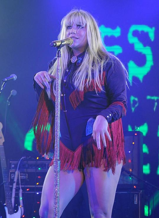 Podaří se talentované zpěvačce opět dostat na výsluní?