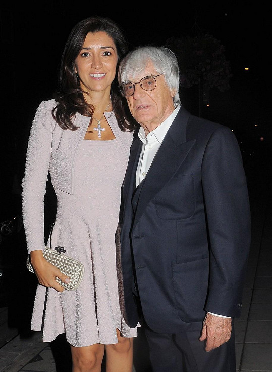 Bernie Ecclestone s manželkou Fabianou. Mají spolu dvouměsíčního syna Aceho.
