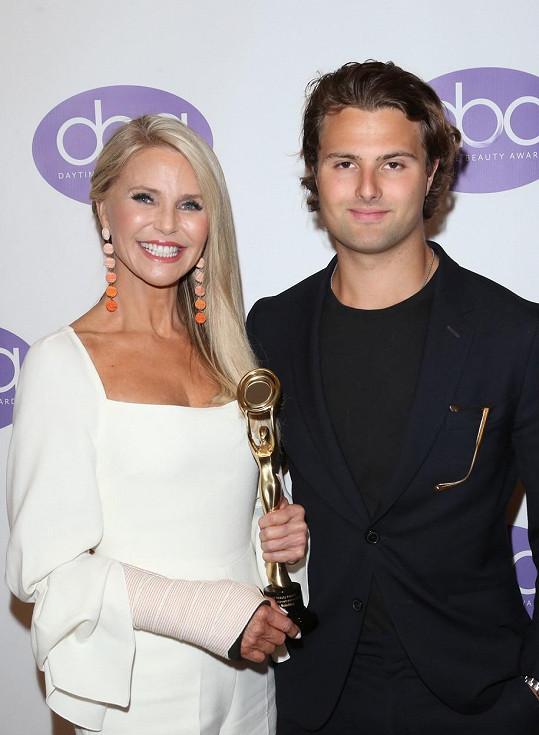 Jack je synem bývalé supermodelky Christie Brinkley.