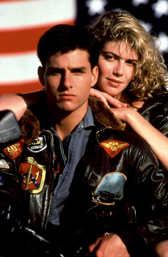 Kelly McGillis s Tomem Cruisem ve filmu Top Gun.