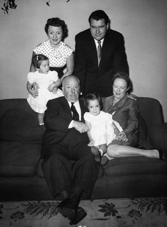 S manželem, dcerami a rodiči