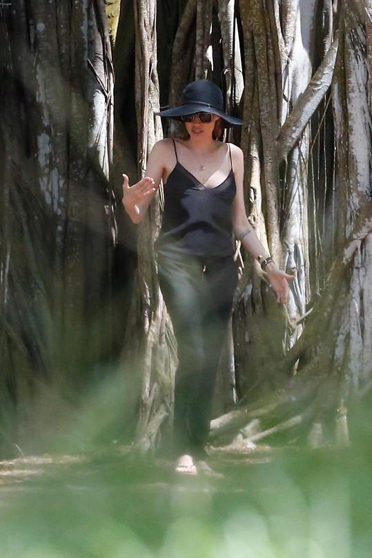 Angelina na Havaji