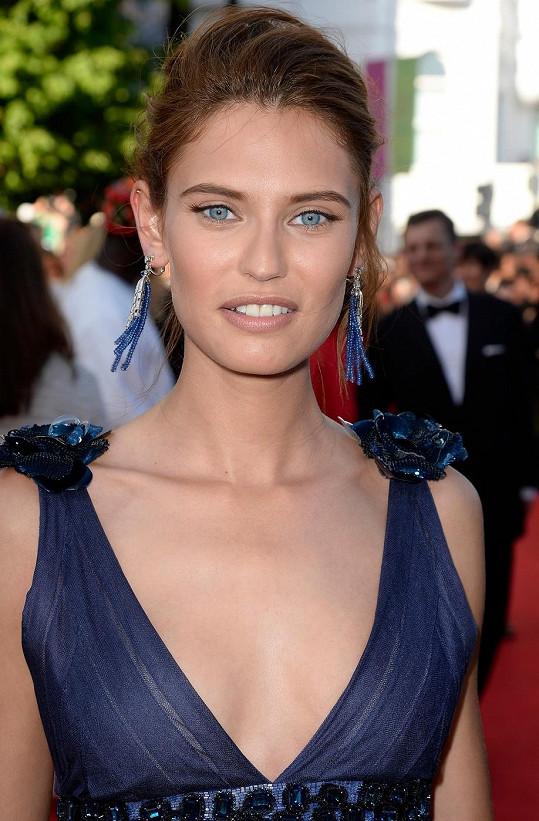 Bianca Balti patří k atraktivním modelkám.