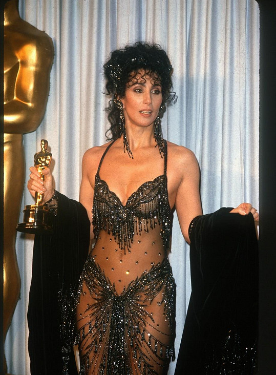 O dva roky později už s vlastní soškou Oscara za nejlepší herečku.