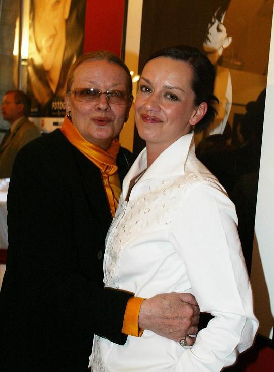Jana Brejchová s dcerou Terezou na společné fotce z roku 2003