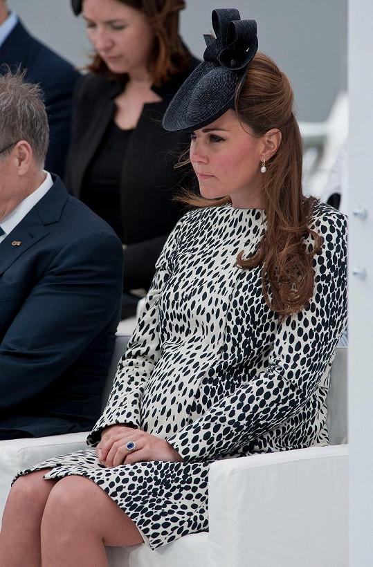 Vévodkyně z Cambridge měsíc před porodem.