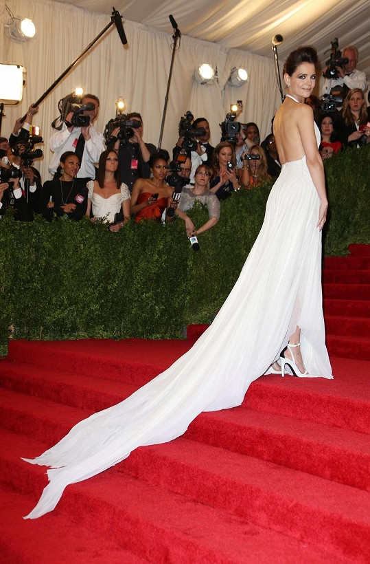 Exmanželka Toma Cruise zvolila róbu od Francesca Costy.