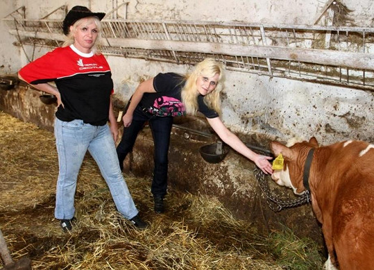 Katarína a Libuška na Josefově farmě