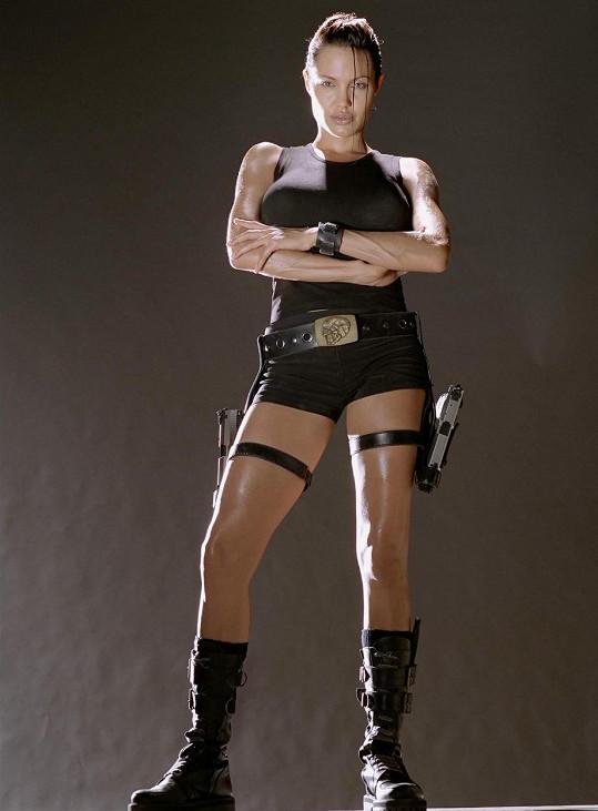 Takhle to seklo Angelině v roli Lary Croft