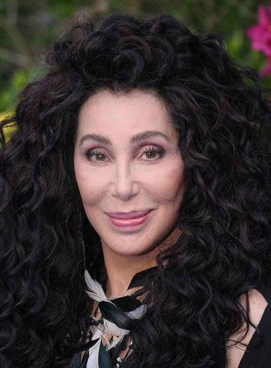 Její obličej se za posledních 40 let moc nezměnil.