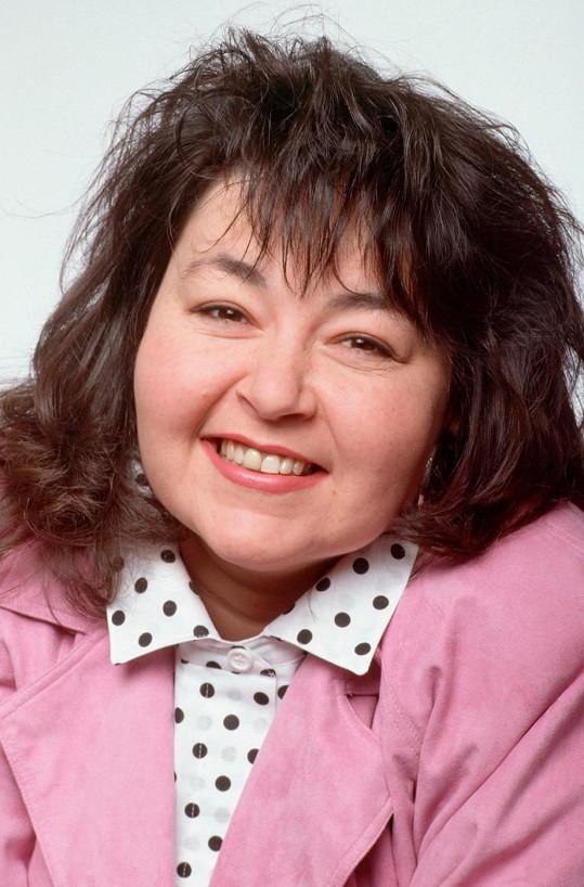 V sitkomu Roseanne diváky bavila jako sympatická boubelka.