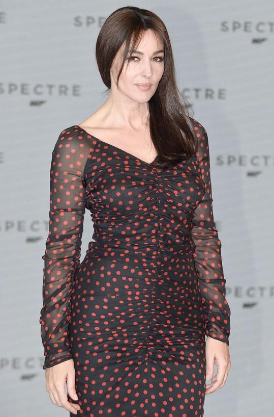 Monica Bellucci se stane nejstarší Bond girl.