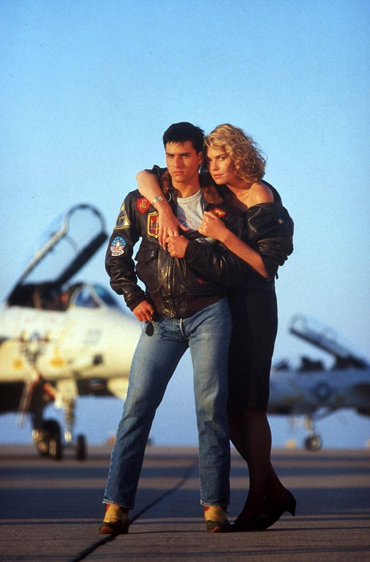 Kelly a Tom ve snímku Top Gun.