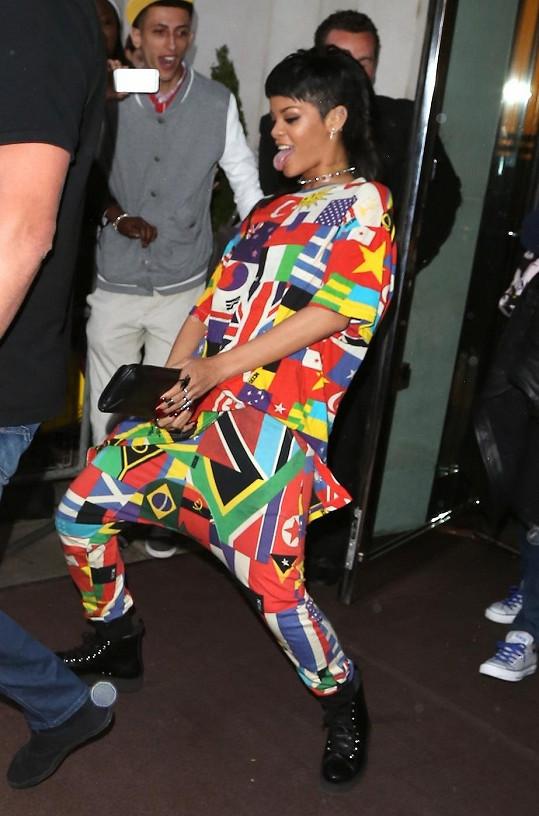 Rihanna si neodpustila rýpnutí do kolegyně.