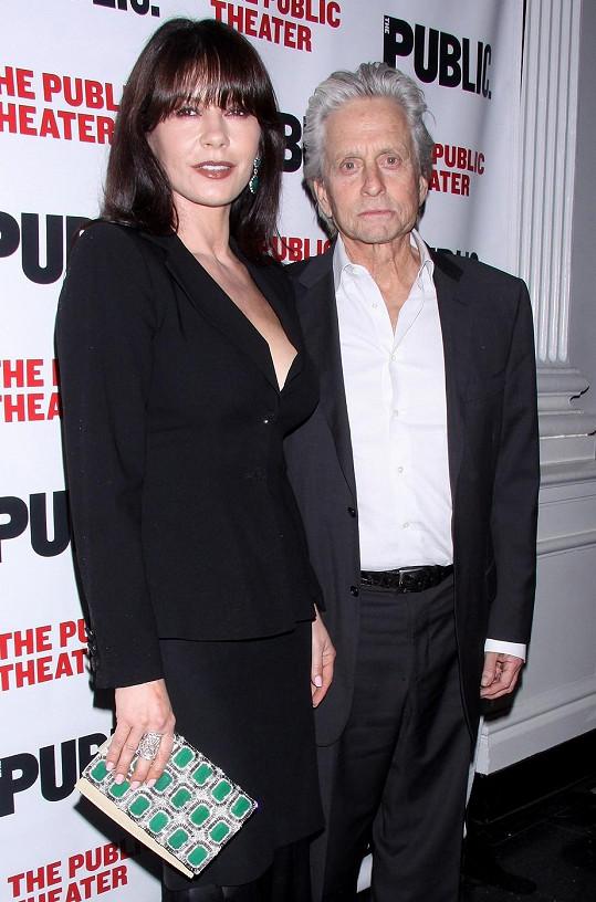 Michael Douglas a Catherine Zeta-Jones se po dlouhé době objevili společně na veřejnosti.