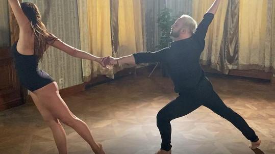 Veronika Saic a Marek Dědík natáčeli klip.