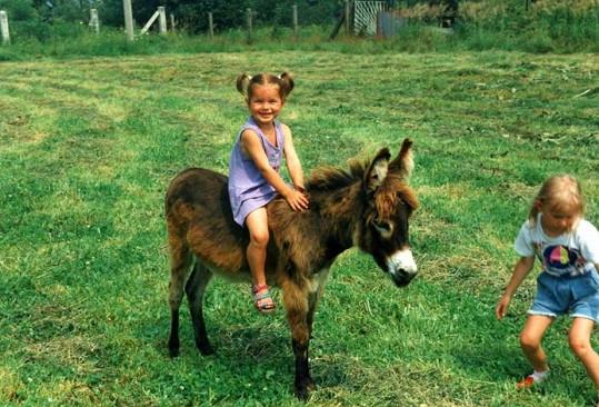 Nikol Švantnerová jako malá holčička