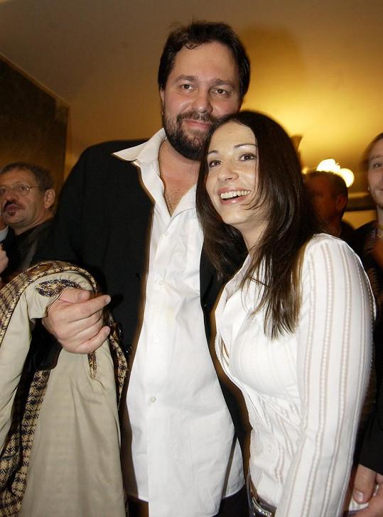 V době, kdy byla v manželství s hercem Jiřím Pomejem.