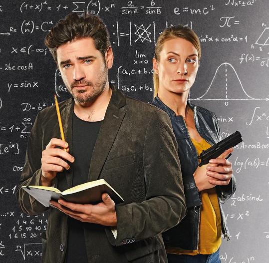 Vojta Kotek a Anna Polívková v seriálu Einstein