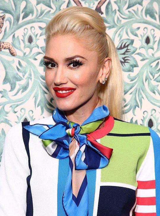 Gwen Stefani si libuje ve výstřednostech.