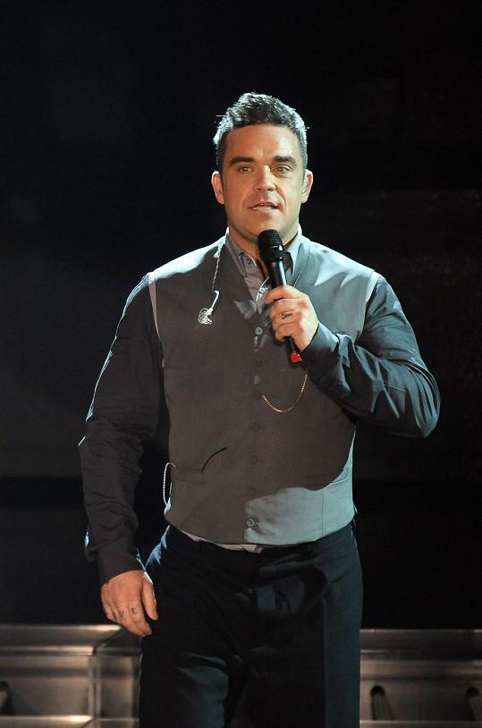 Takhle Robbie vypadal v říjnu loňského roku.