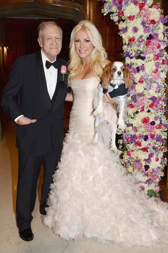 Hugh Hefner a Crystal Harris. Rozdíl 60 let.