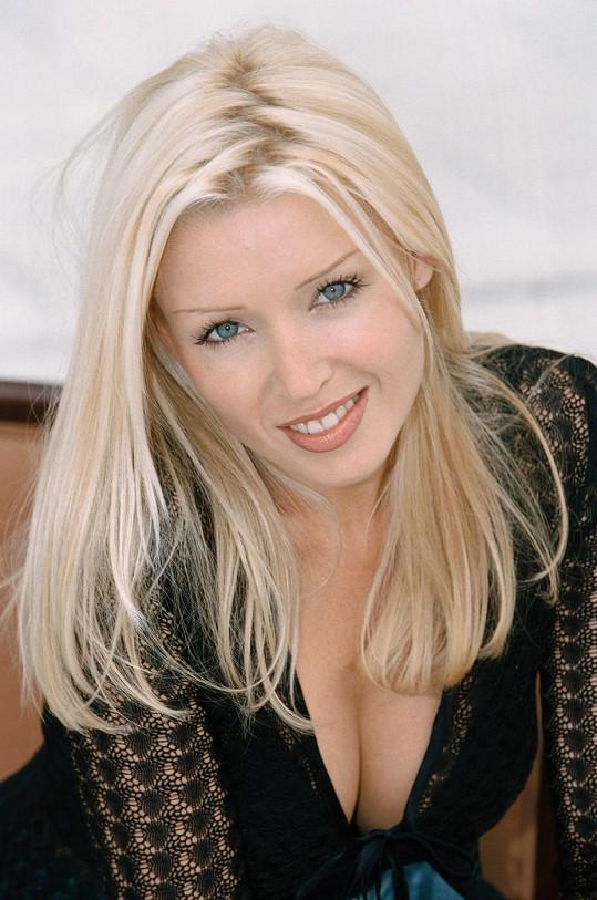 Danni ještě jako platinová blondýnka.