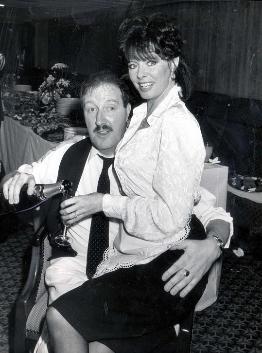 Gordon Kaye a Vicki Michelle byla povedená dvojka.