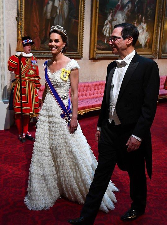 Vévodkyně s americkým ministrem financí Stevenem Mnuchinem. Její manžel William doprovázel premiérku Theresu May.