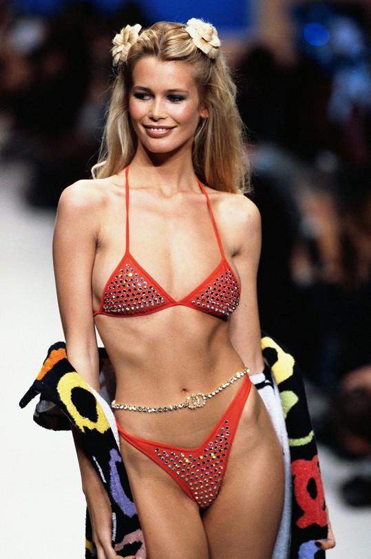Když ještě modelky bývaly ztělesněním ženskosti...