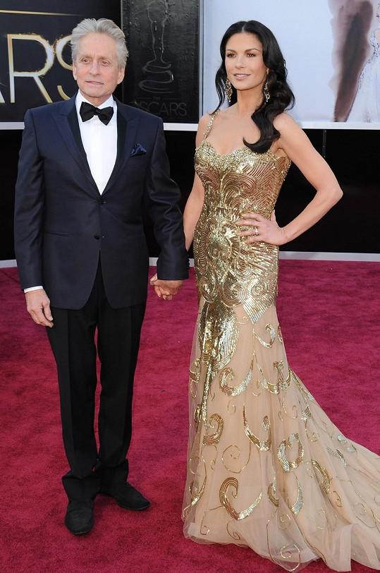 Loni přišli na udílení Oscarů společně, pak nastala krize (únor 2013).