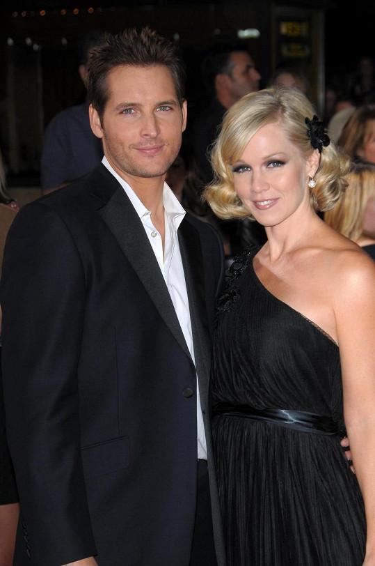 Manželství Jennie Garth s Peterem Facinellim ukončil loni rozvod.