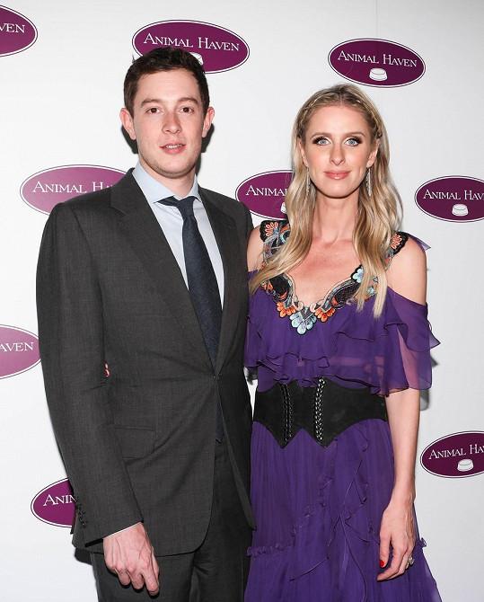 James a Nicky očekávají druhé dítě.