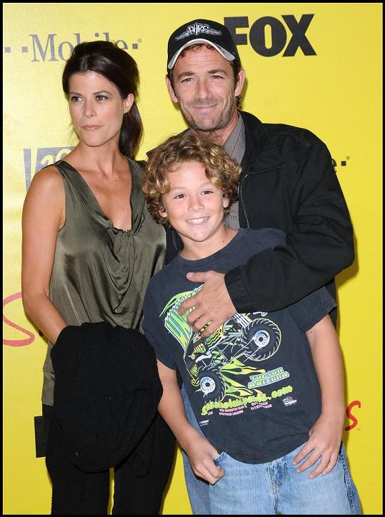 Jako kluk s otcem Lukem a jeho snoubenkou Wendy Madison Bauer