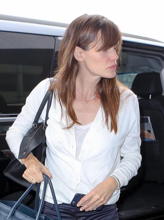 Garner na letišti v Los Angeles