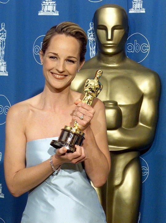 V roce 1998 získala Oscara za film Lepší už to nebude.