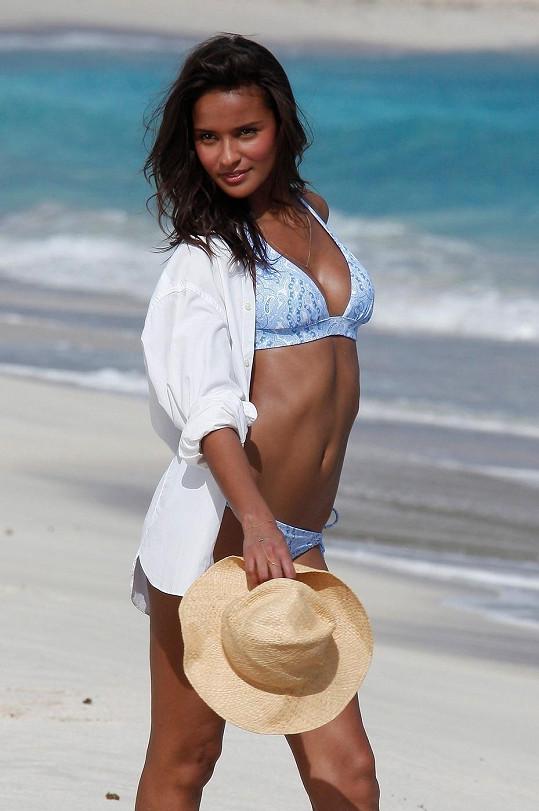 Brazilka během focení pro značku Victoria's Secret.
