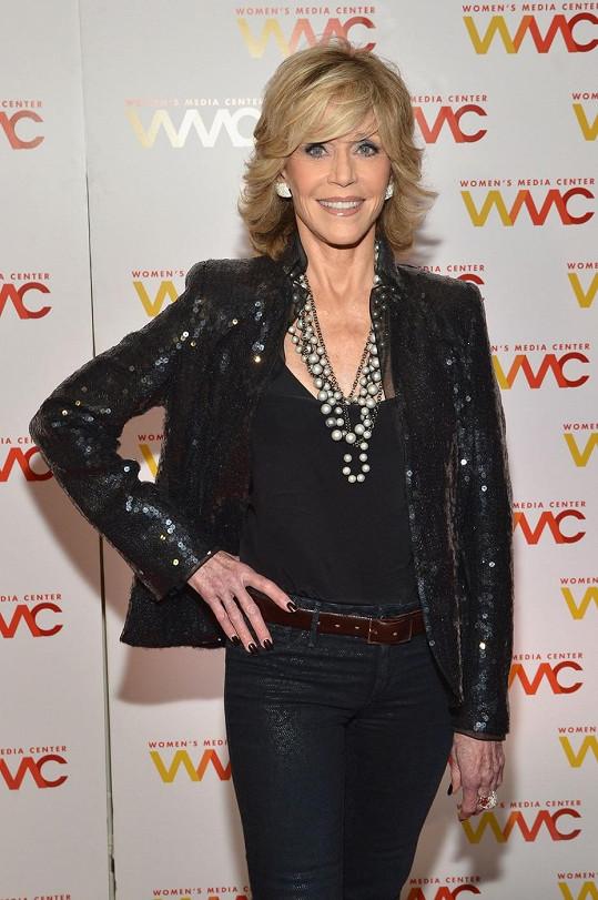 Jane Fonda na předávání Women's Media Awards