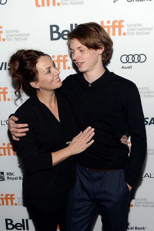 Joanne Whalley se synem Jackem
