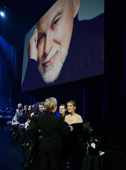 René Angelil zemřel po dlouholetém boji s rakovinou krku 14. ledna 2016.