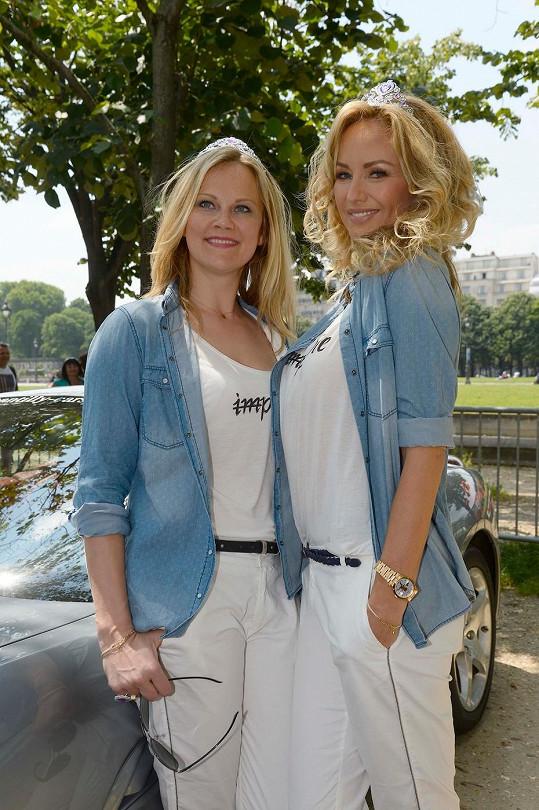 Adriana se sestrou v Paříži