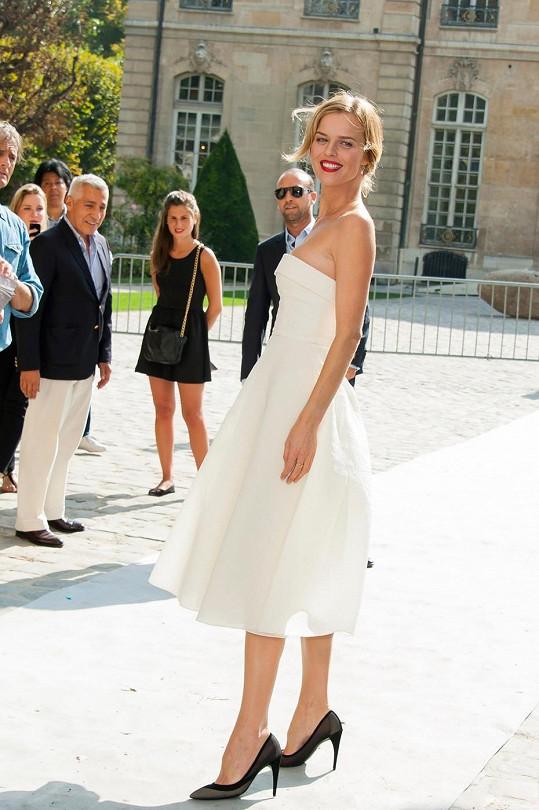 Herzigová se účastnila přehlídky Christian Dior.