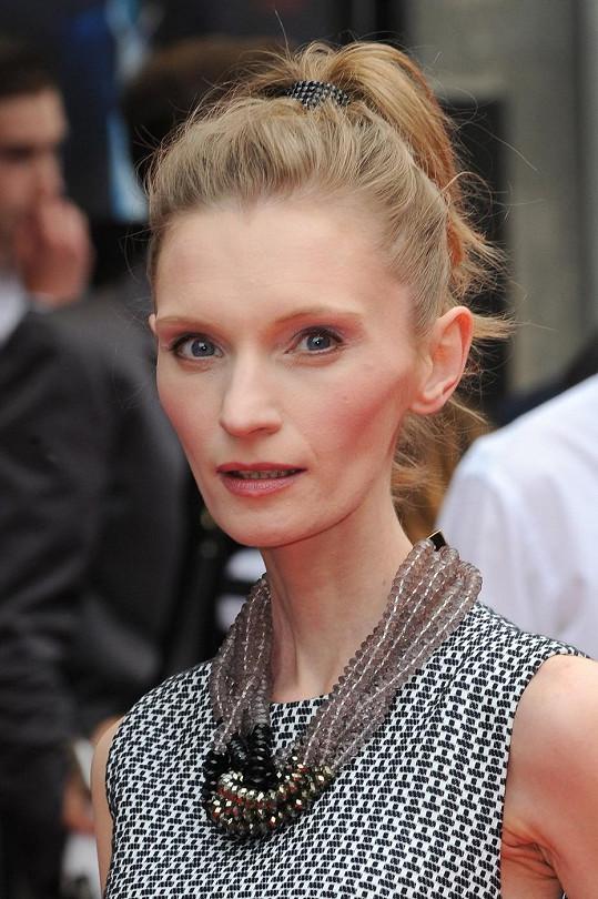 Trpí polská herečka bulimií či anorexií?