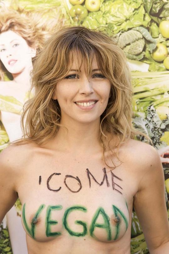 Odvážná Italka je zastánkyní veganství.