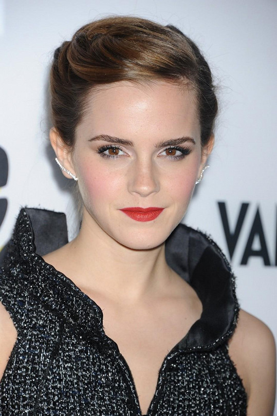 Emma jako dáma na premiéře filmu The Bling Ring